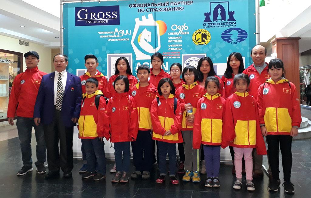 """Việt Nam giành """"vàng"""" ở giải trẻ Cờ vua Châu Á 2017"""